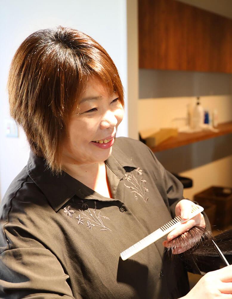 鶴間の美容院ハルワ スタイリスト 清野加奈子